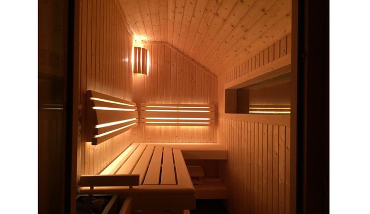 Innenbereich einer Sauna. (© Reisch-Raich)