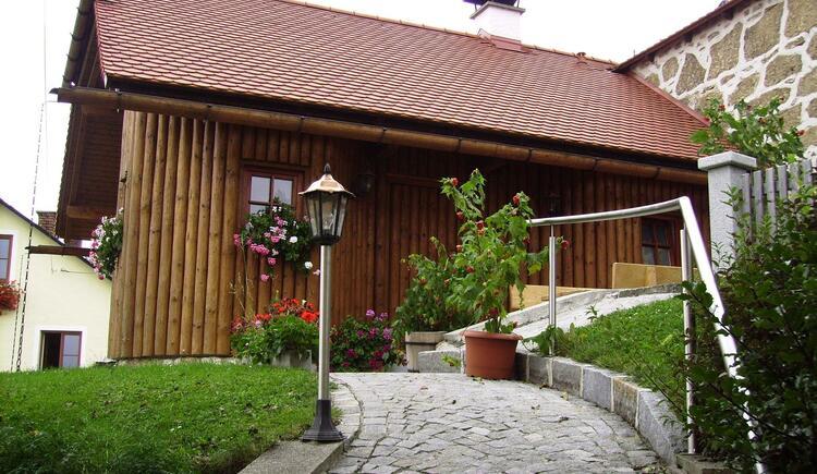 Blockhütte Kern Außenansicht (© Familie Kern)