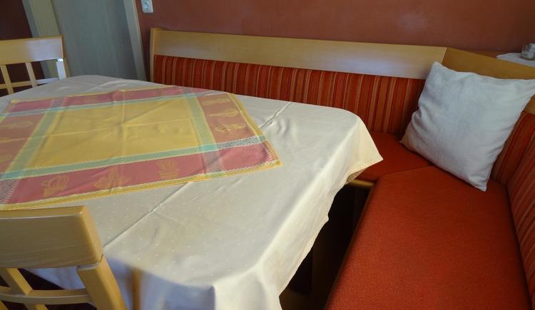 Dieser Tisch ist bequem ausziehbar. (© Privat)