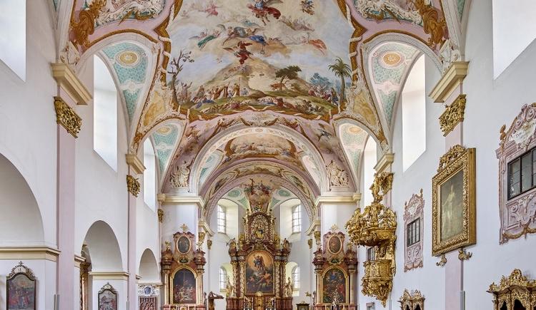 Stiftskirche Reichersberg. (© www.pedagrafie.de)