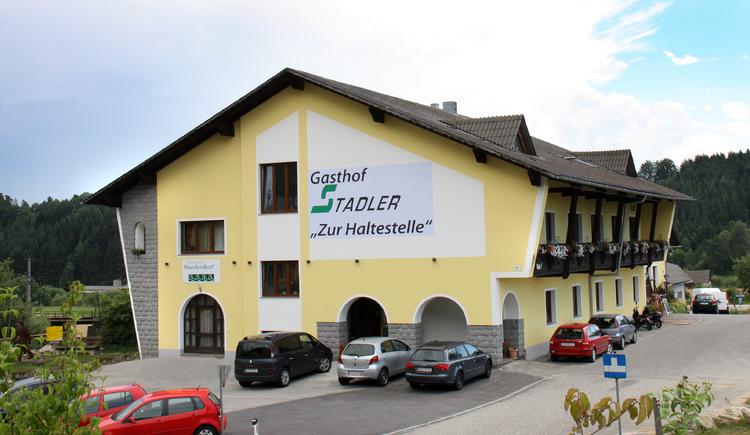 Gasthof zur Haltestelle | Aussenansicht (© Stadler/GH zur Haltestelle)