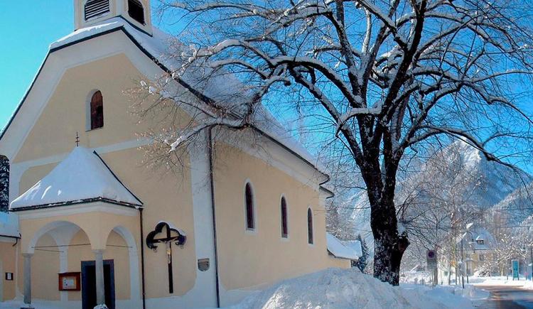 Hinterstoder Kirche im Winter (© Gemeinde Hinterstoder/Schachner)