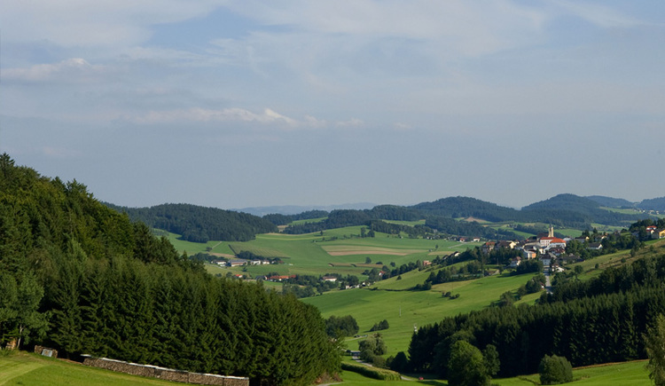 Peilstein mit Umgebung (© Weissenbrunner)