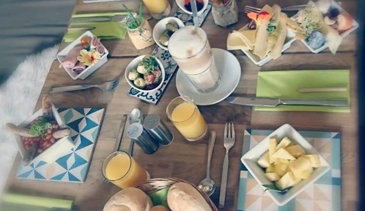 Cafe-Restaurant Exx