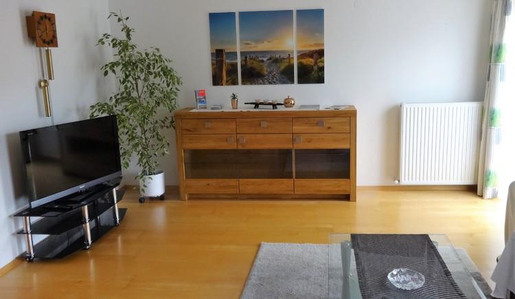 Wohnzimmer Ferienwohnung Eisl/Hödlmoser. (© Wolfgang Eisl)