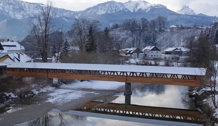 Hofmühlersteg im Winter von Holzbau Bammer Almtal (© Foto Holzbau Bammer Scharnstein)