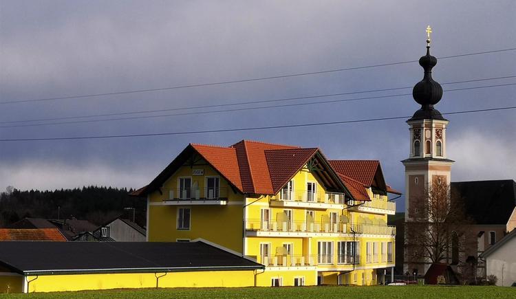 Blick auf Hotel Mauernböck (© Hotel Mauernböck)