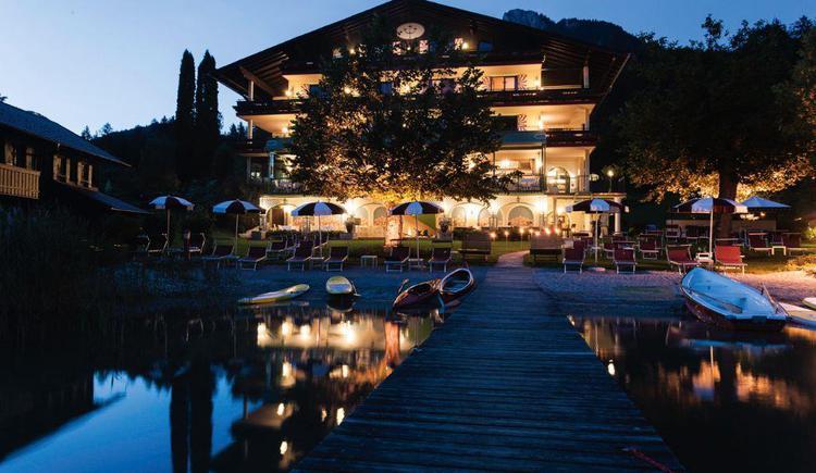 Hotel Seewinkel bei Nacht