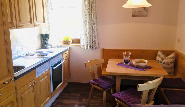 Küche Ferienwohnung 2 (© Familie Zopf)