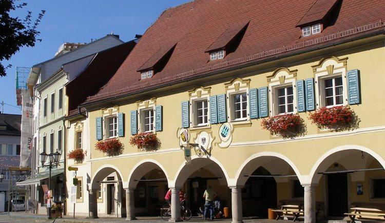 Ein idyllischer Stadtplatz in Rohrbach-Berg. (© Stadtamt Rohrbach-Berg)