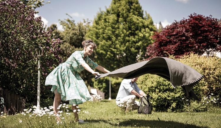 Picknick im Bergergut Garten (© BERGERGUT Pürmayer GmbH)