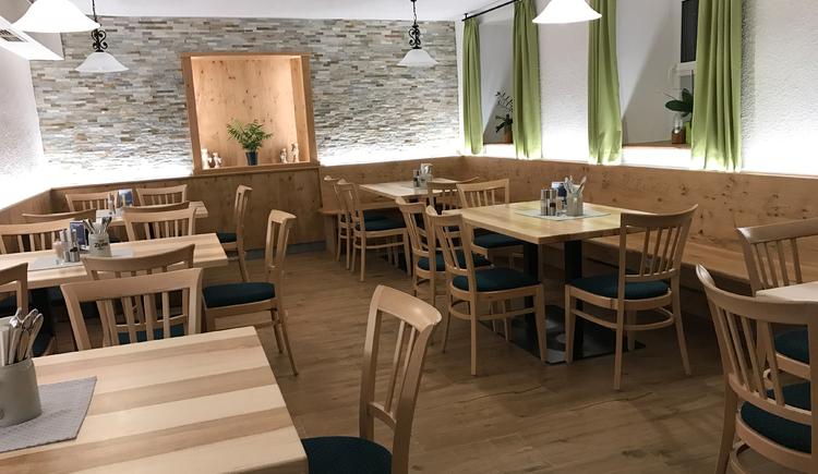Kulinarium im Herzogtum, unsere Gaststube ist Treffpunkt für Jung und Alt. (© kulinarium Aschauer)