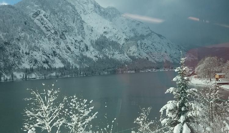 Hallstätter See im Winter