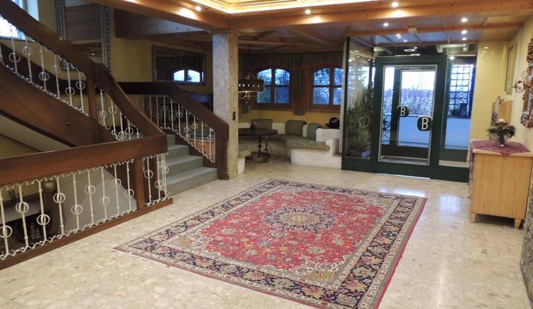 Eingangsbereich Hotel Blumenhof. (© Hotel Blumenhof GmbH)