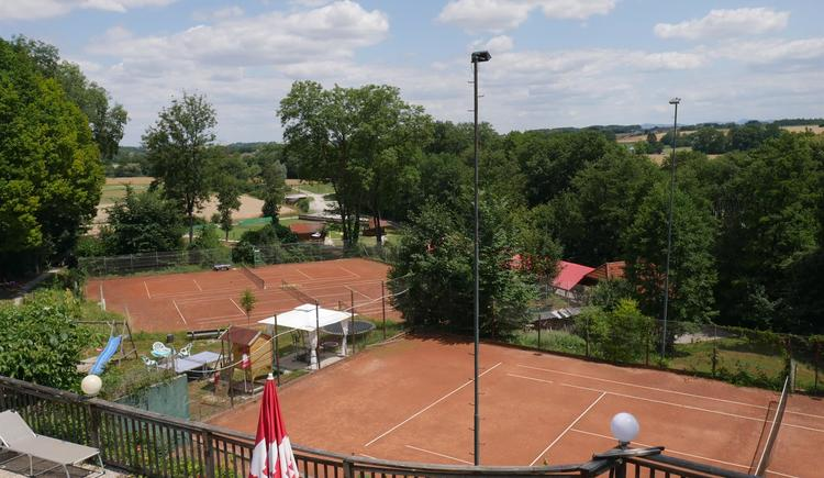 Tennisplatz (© Hotel Pension Stadlhuber)