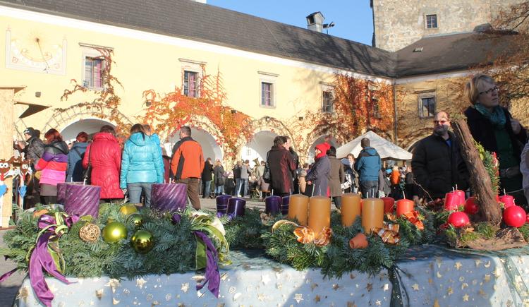 Arkadenhof Burg Kreuzen. (© Tourismusverband)