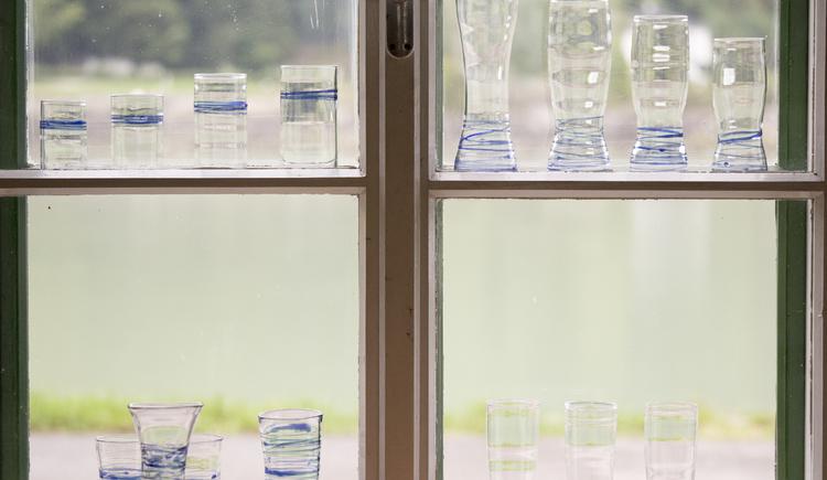 glaeser im donaublickfenster, thom feichtner, aschach a.d.donau (© WGD Donau Oberoesterreich Tourismus GmbH-Peter Podpera)