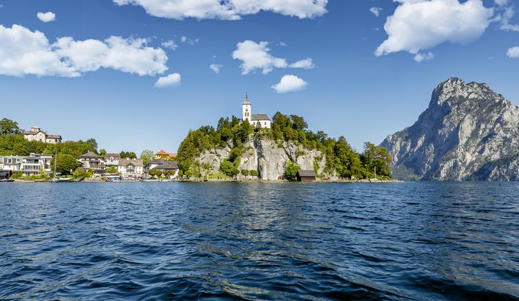 Traunkirchen vom See aus (© Tourismusverband Traunsee-Almtal/brainpark.traunsee)