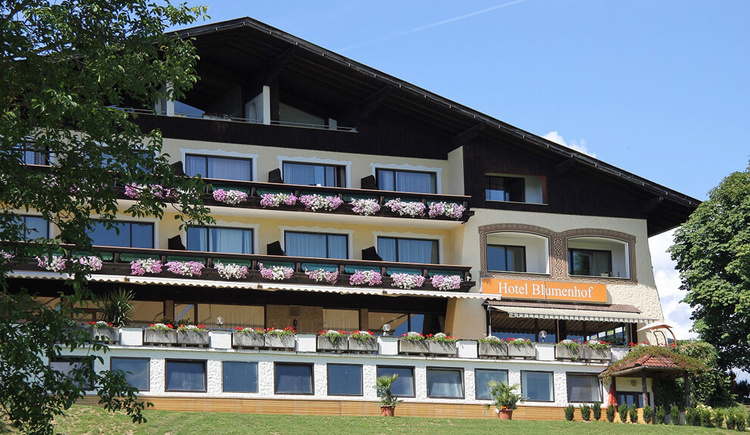 Aussenansicht Hotel Blumenhof. (© Hotel Blumenhof)