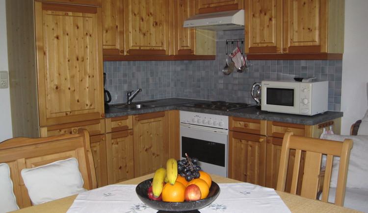 Die Küche in unserer Ferienwohnung. (© Vierthaler Johanna)