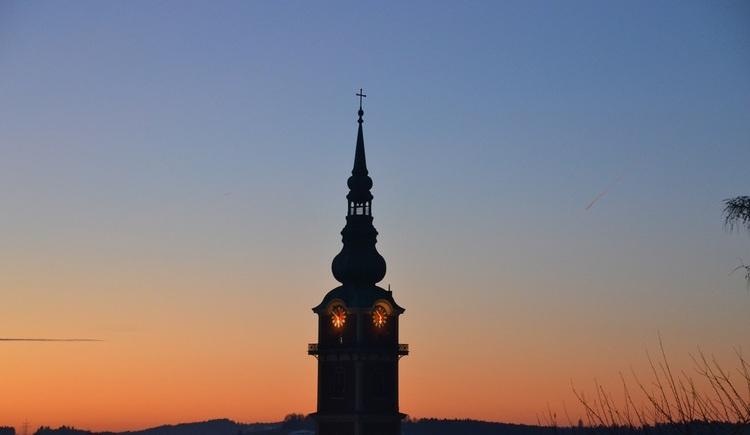 Kirchturm der Stadtpfarrkirche Ried. (© Innviertel Tourismus)