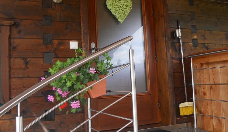 Die Ferienwohnung verfügt über einen separaten Eingangsbereich. (© Pomberger)