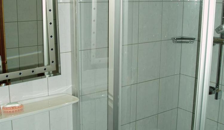 Dusche 15 (© Huttersberg)