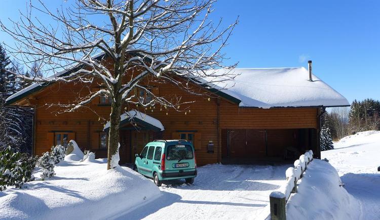 unser Haus im Winter (© Privat)