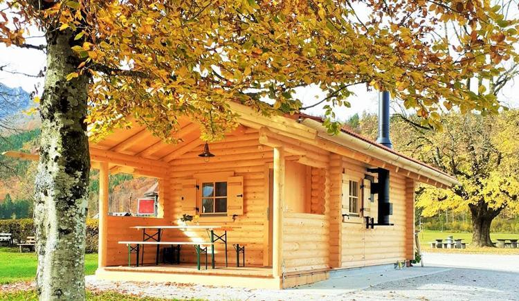 Almsee Hütt'n im Herbst (© Gasthaus Seehaus)