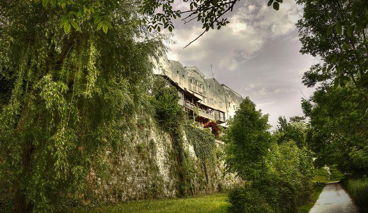 Braunau am Inn Stadtmauer .jpg (© foto club)