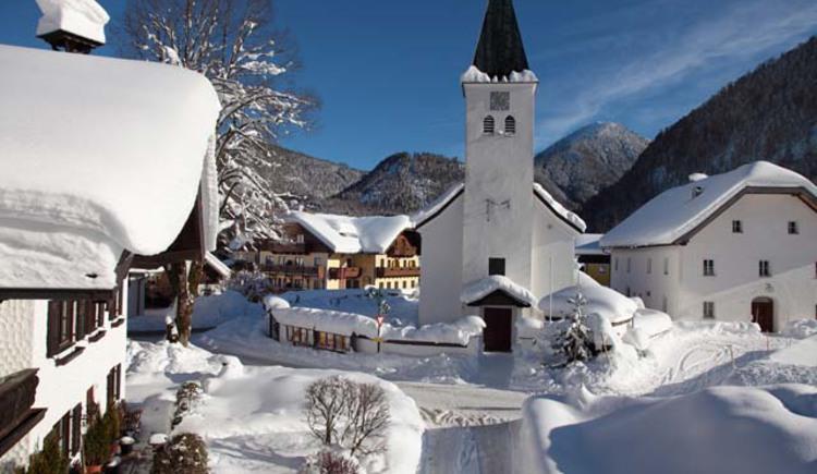 0_Hintersee_Dorf_Winter_1.jpg (© Gasthof Hintersee)