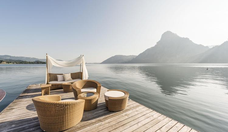 Entspannung am See am Steg Seehotel Das Traunsee (© (c) www.dastraunsee.at)