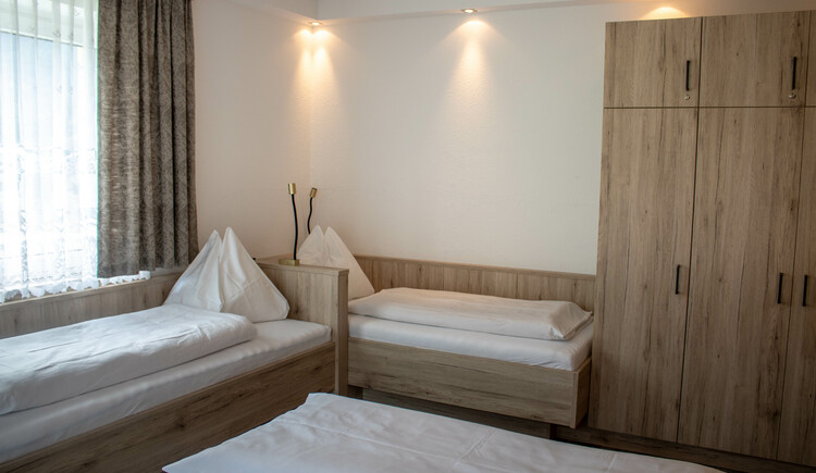 new renovated quadruple room. (© Ferienregion Dachstein Salzkammergut)