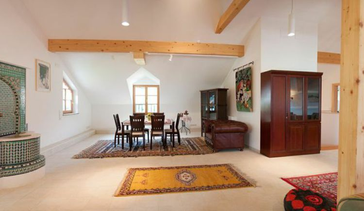 Ansicht des Speisezimmers im Loft. (© Haus Bellevue)