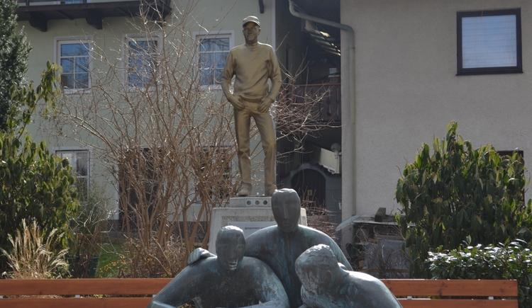 goldberger-statue-marktplatz-waldzell (© Innviertel Tourismus)