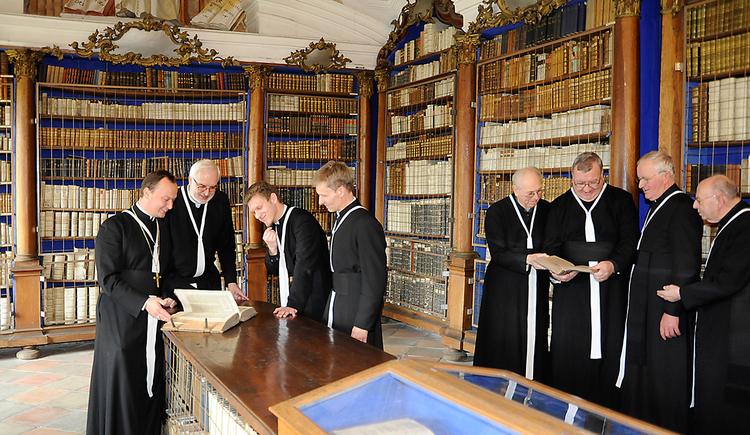stift-reichersberg-bibliothek (© innviertel tourismus/Hirnschrodt)