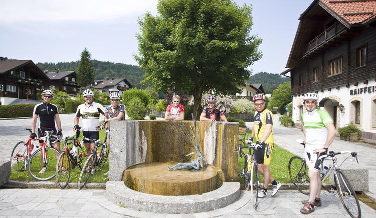 Dorfbrunnen. (© Tourismusverband Ebenau)