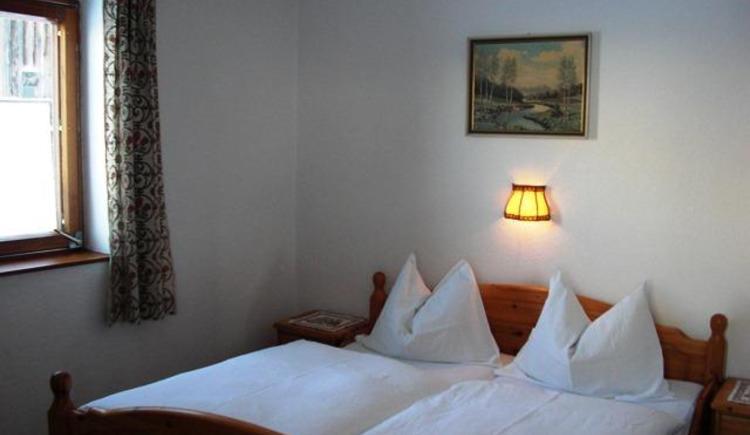 Doppelbettzimmer von Ferienwohnung Bergblick (© Bürtlmair)