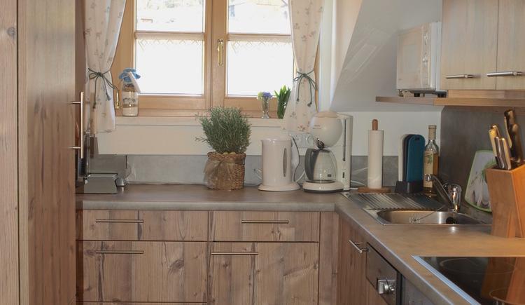 Im neu renovierten komplett ausgestatteten Küchenblock werden sie sich wie zu Hause fühlen. (© Pomberger)