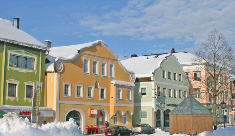 Der Marktplatz Aigen-Schlägl im Winter (© Ferienregion Böhmerwald)