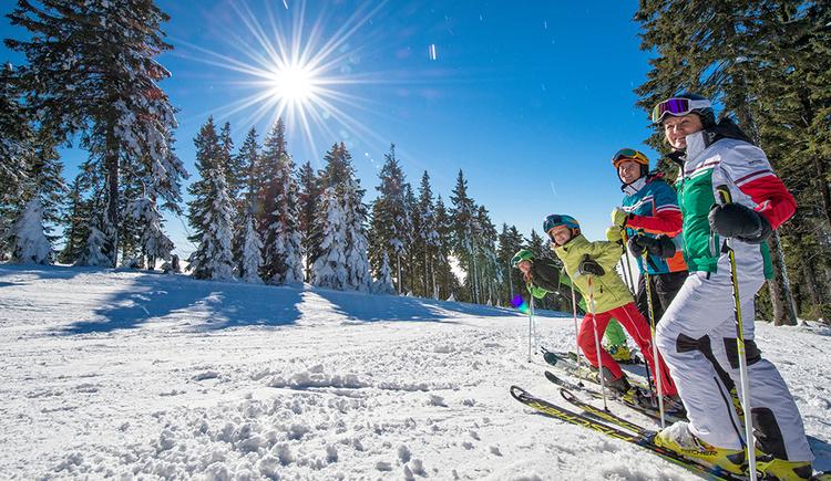 Skifahren im Skigebiet Hochficht (© Hochficht Bergbahnen GmbH)