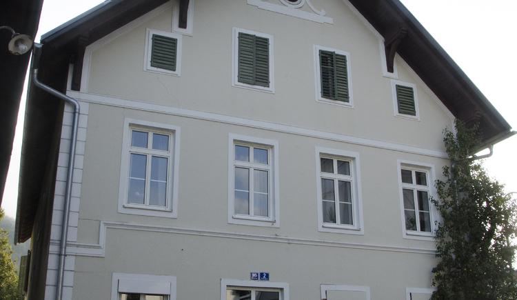 Siebte Station das ehemalige Gebäude des Gasthaus Kirchenwirt in der Kirchengasse Bad Goisern - heute Wohngebäude