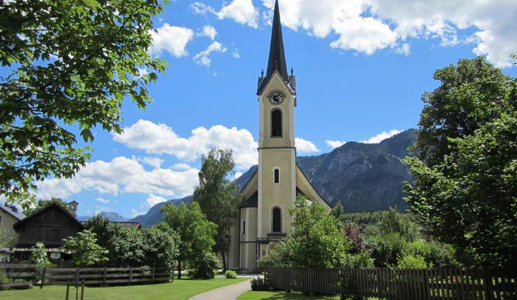 Die erste Station führt uns zur evangelischen Kirche in Bad Goisern