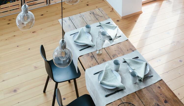 Tischdeko (© Leinenweberei Vieböck)