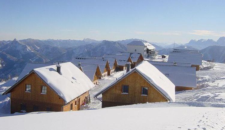 Hüttendorf im Winter (© Selbstversorgerhütten Feuerkogel)