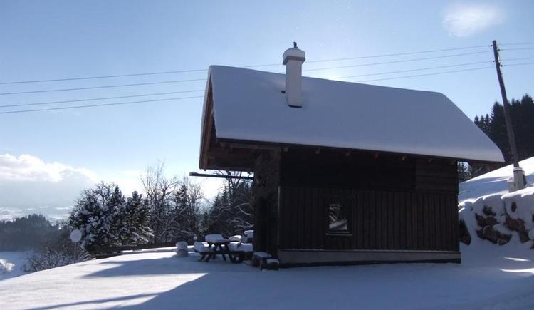 Ascher Hütte im Schnee (© Ascher Hütte)