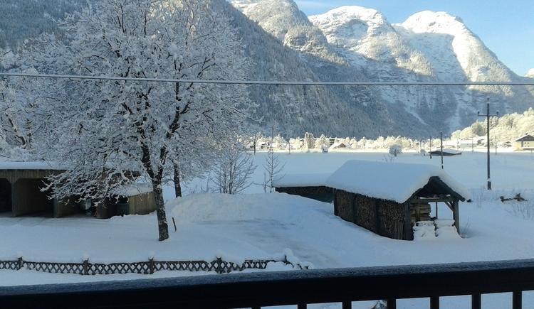 Ausblick von der Ferienwohnung (Küche und Balkon) im Winter