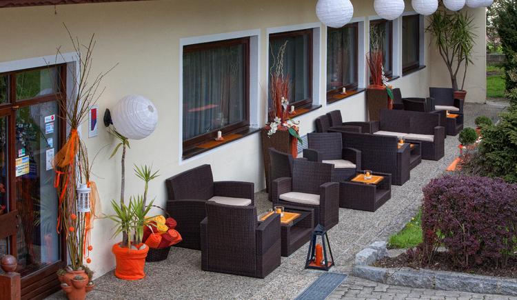 """Gasthof \""""Zum Aigner Kreuz\"""" , unser gemütlicher Loungebereich"""