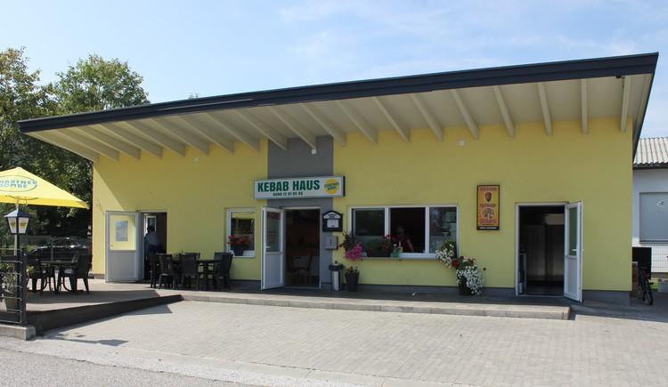 Frontansicht Kepabhaus Attergau in St. Georgen im Attergau täglich geöffnet.