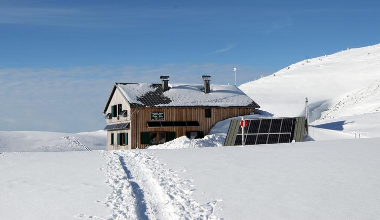 Riederhuette_im_Winter (© Alpenverein Sektion Ried)
